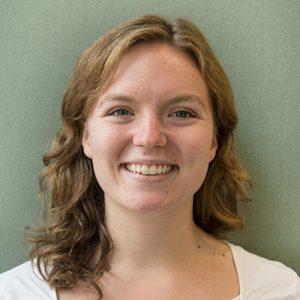 sophie lewandowski headshot