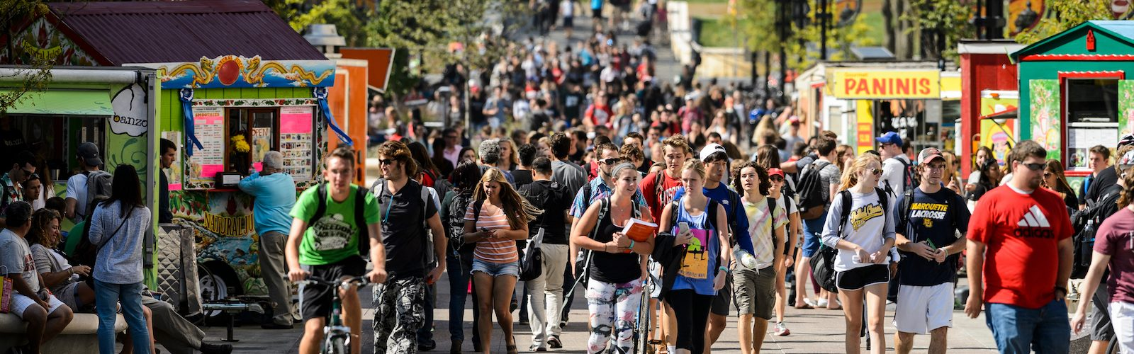 Photo of students with food carts on Library Mall on campus