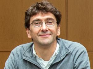 Photo of Alessandro Senes